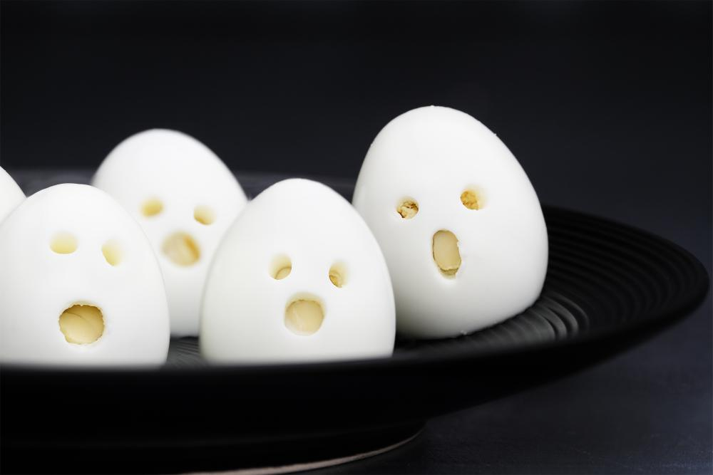 Ghost eggs easy halloween appetizers