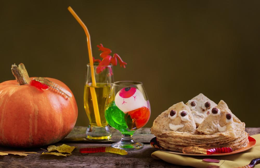 Ghost pancakes halloween treats