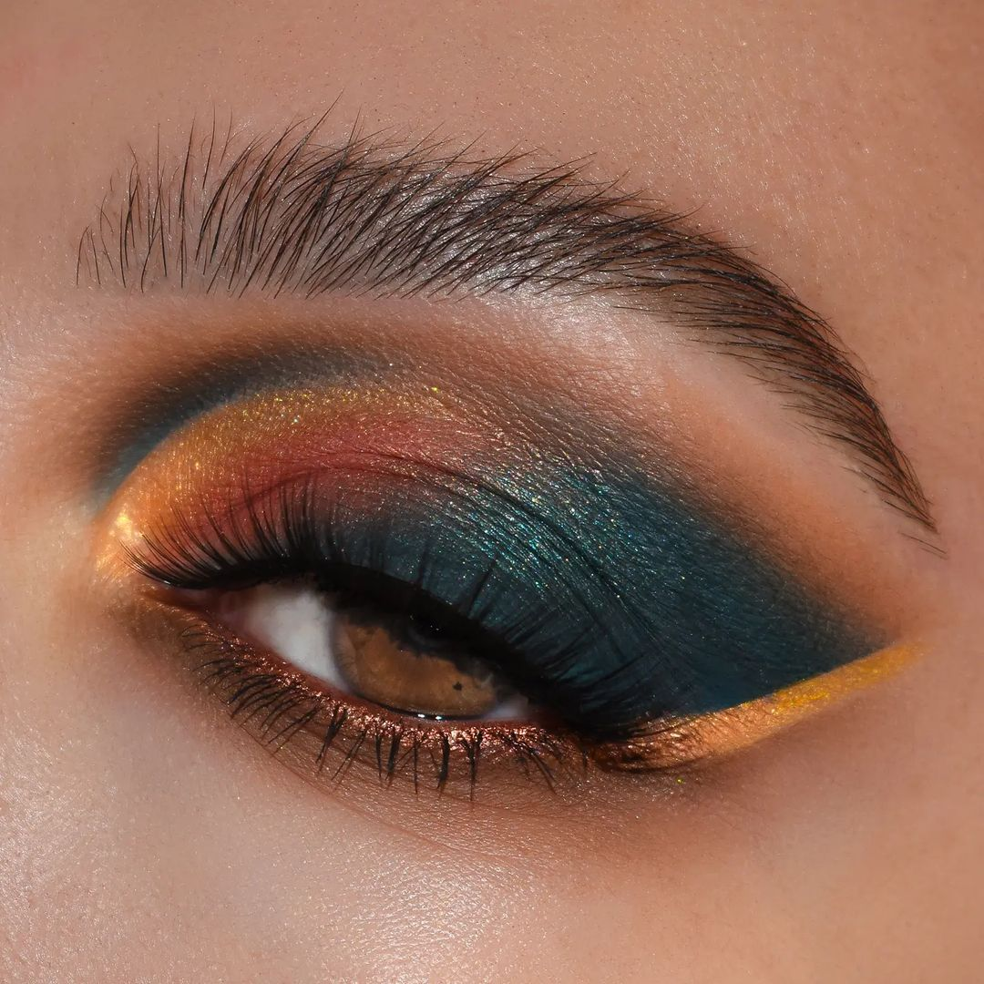 Halloween eye makeup the witching hour palette