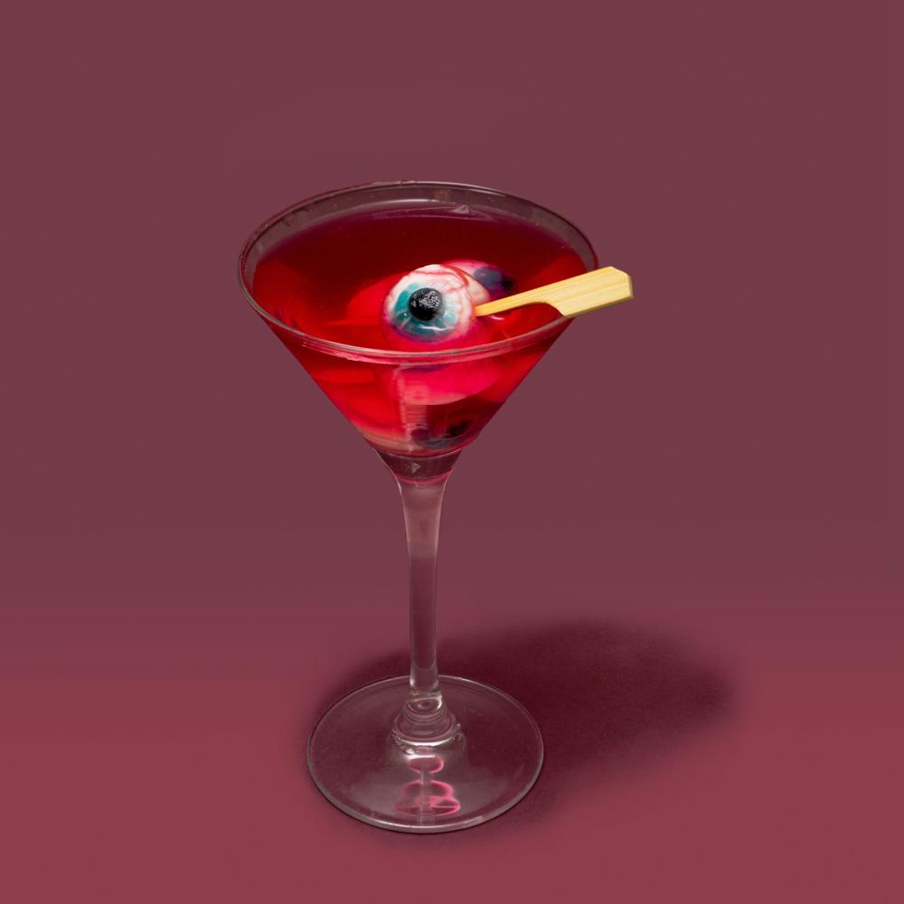 Halloween eyeball cocktail halloween party treats