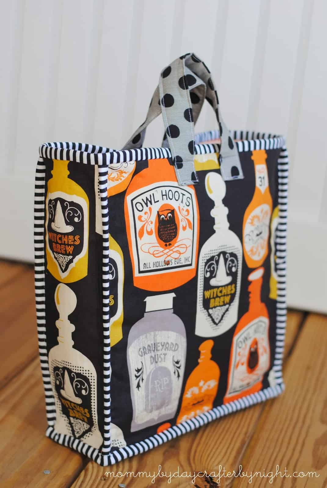 Halloween fabric tote sewing pattern