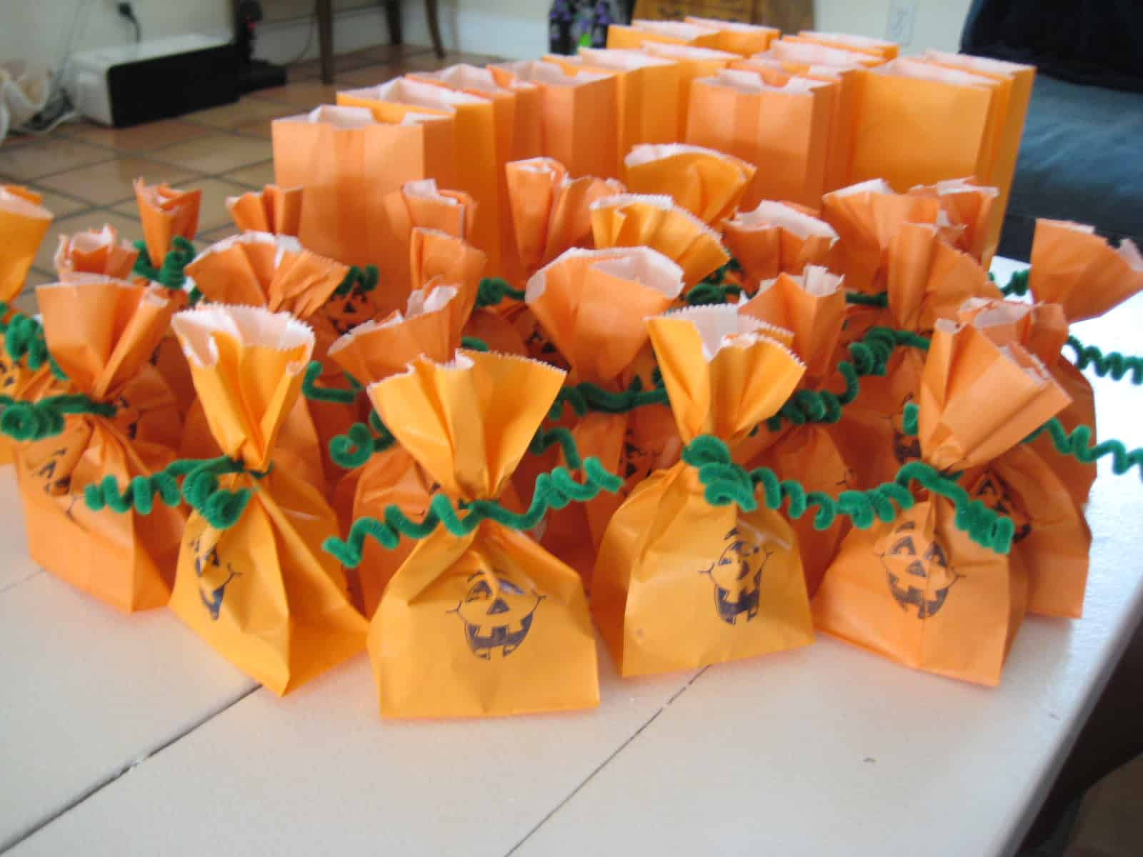 Jack o lantern halloween party favour bags