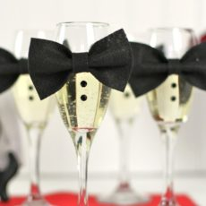 Mini wine glass bow ties