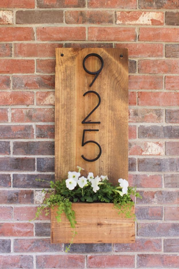 Mini wooden planter numbers