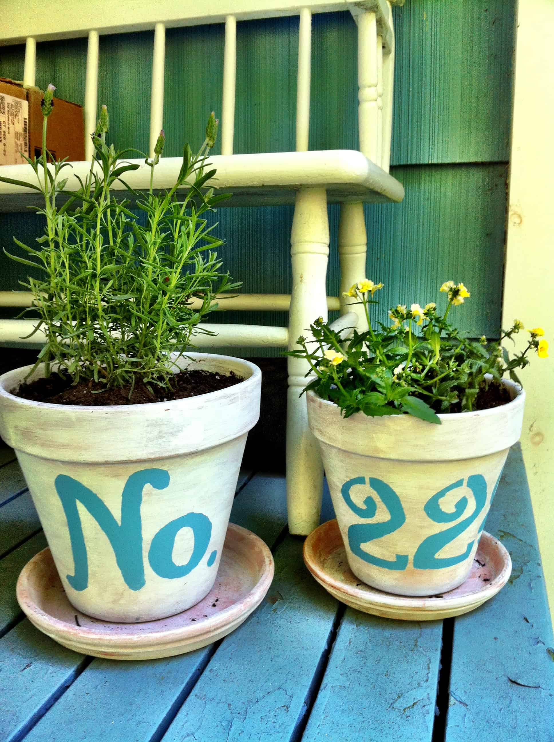 Painted plant pot numbers