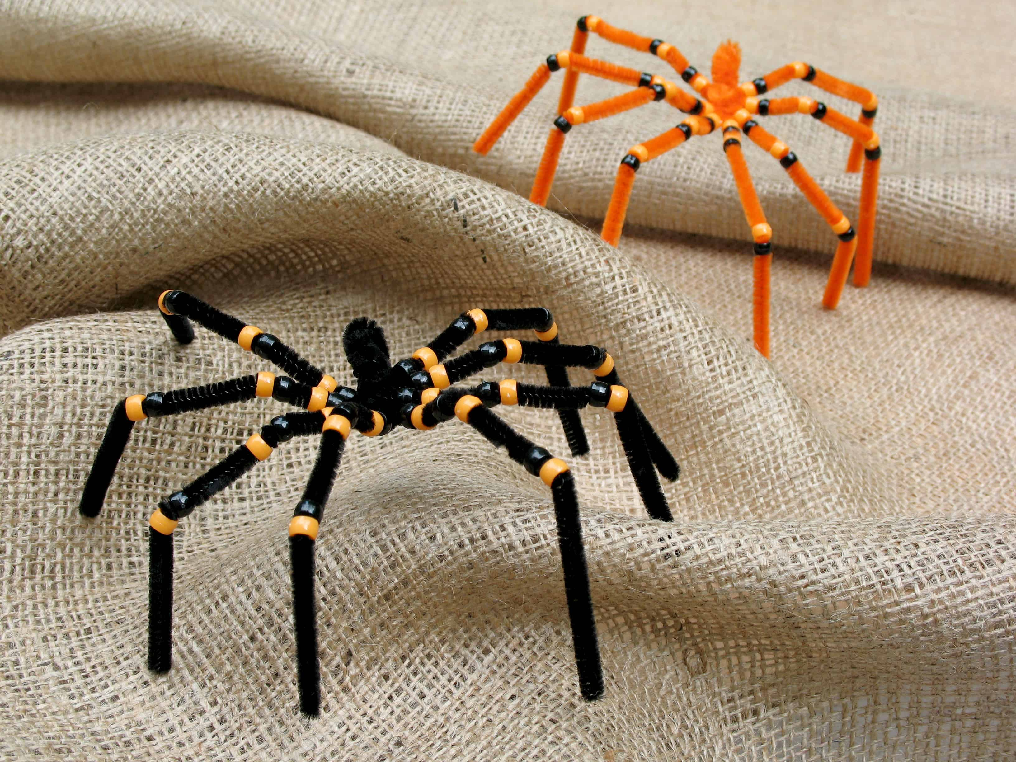 3 Pipe Cleaner And Bead Spiders