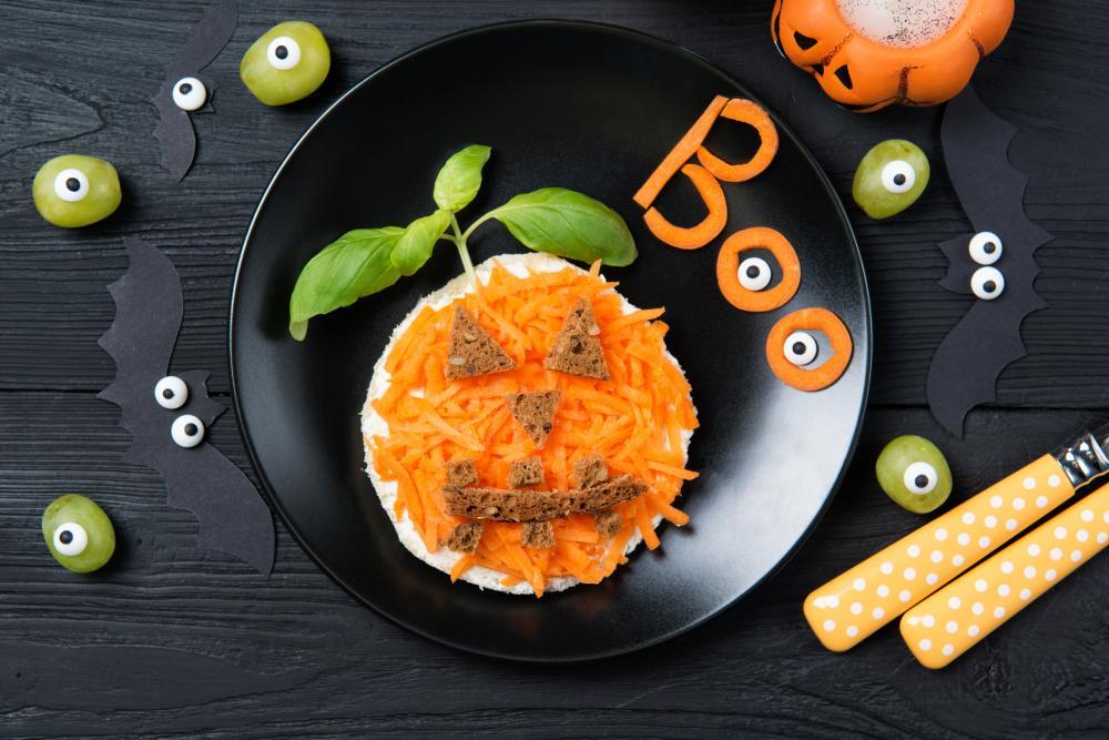 Pumpkin carrot plate healthy halloween treats
