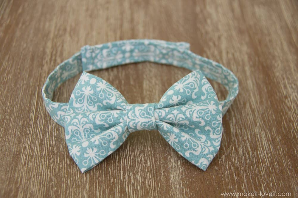 Simple velcro strap bow tie