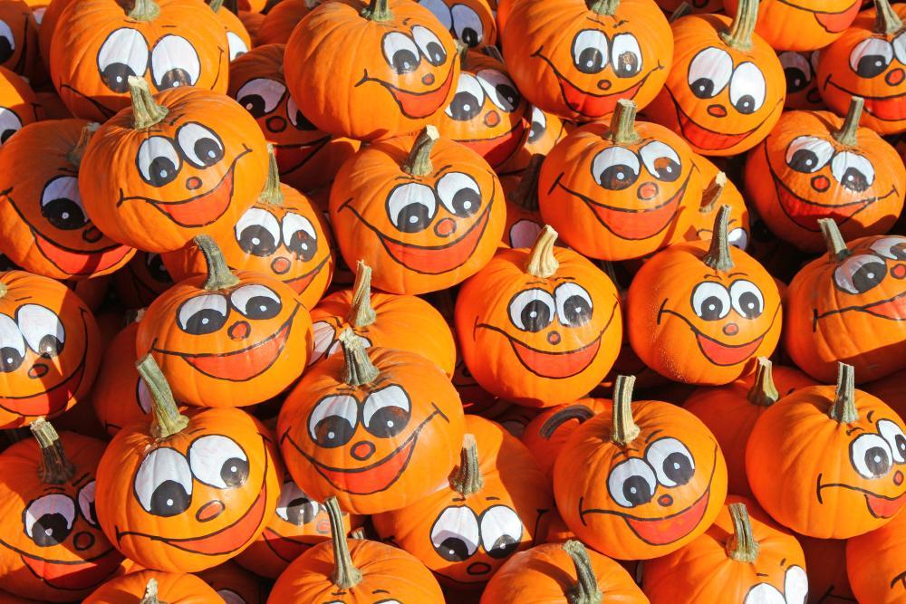 Smiley face halloween pumpkin ideas