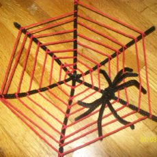 Yarn woven pipe cleaner web