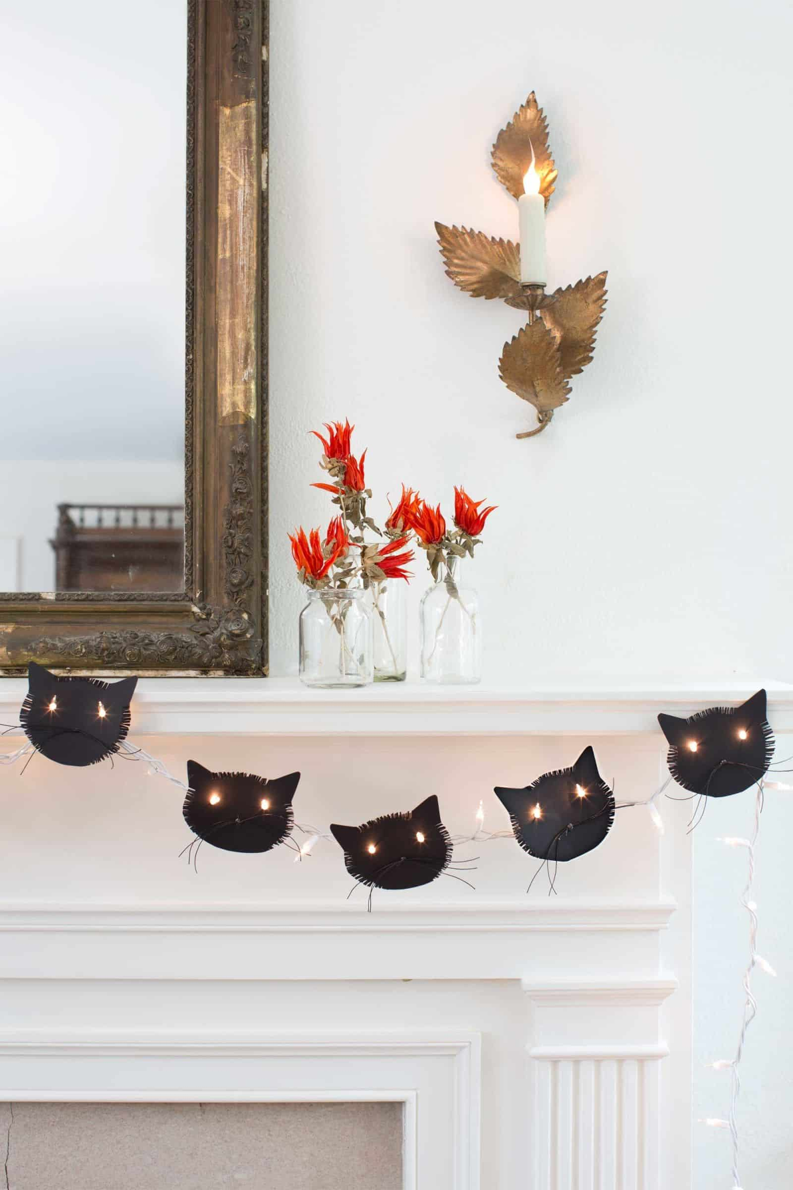 Black cat garland diy
