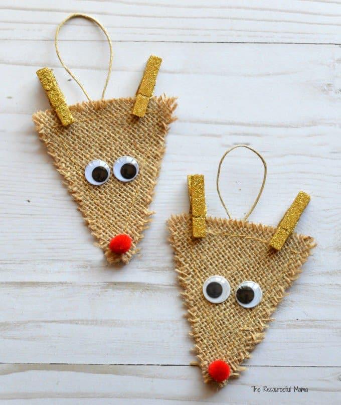 Burlap reindeer diy