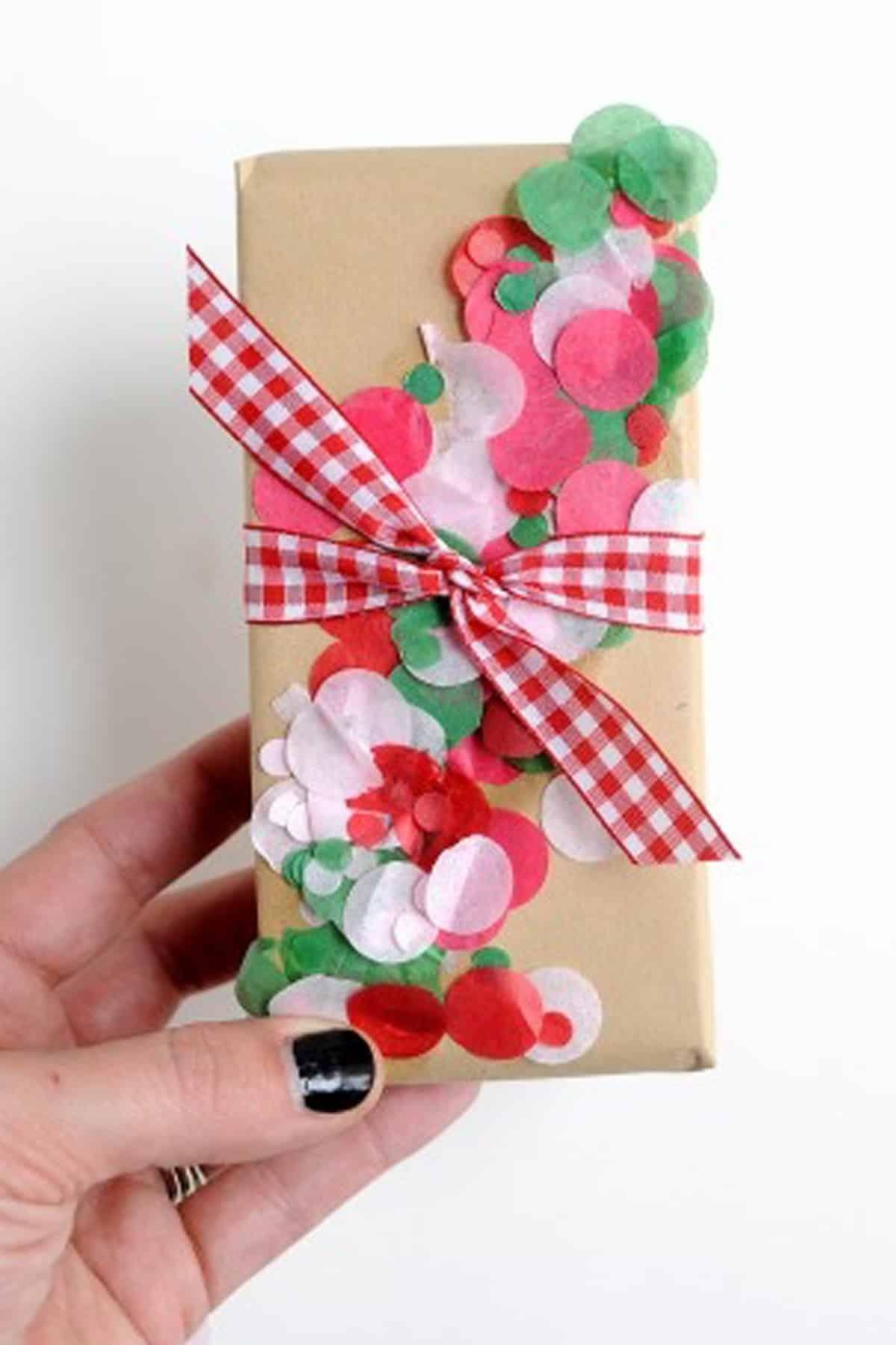Confetti christmas wrap