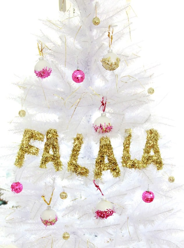 Diy christmas garland tinsel