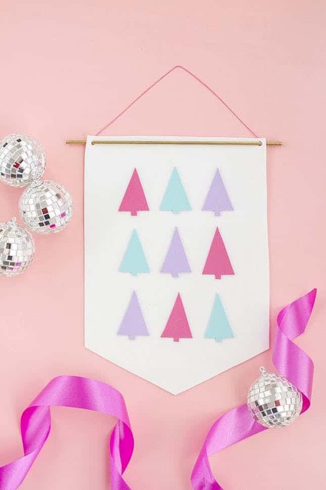 Diy foam christmas tree banner