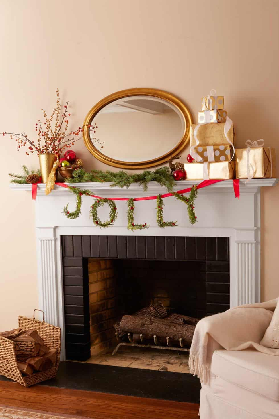 Diy jolly holiday garland