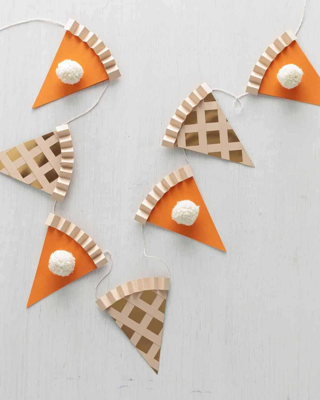 Diy thanksgiving pie garland
