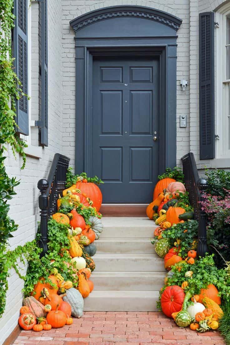 Gourd garland diy door