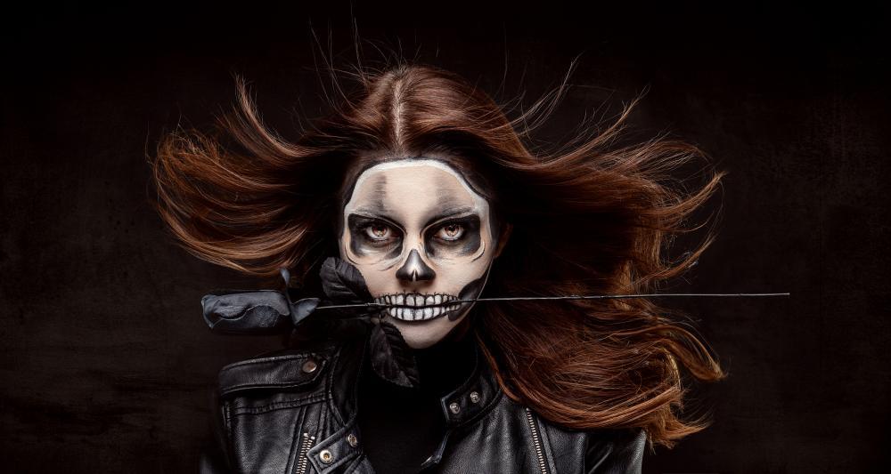 30 Halloween Makeup Tutorials: Easy Halloween Makeup Looks to Get