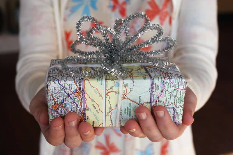 Map diy christmas wrapping