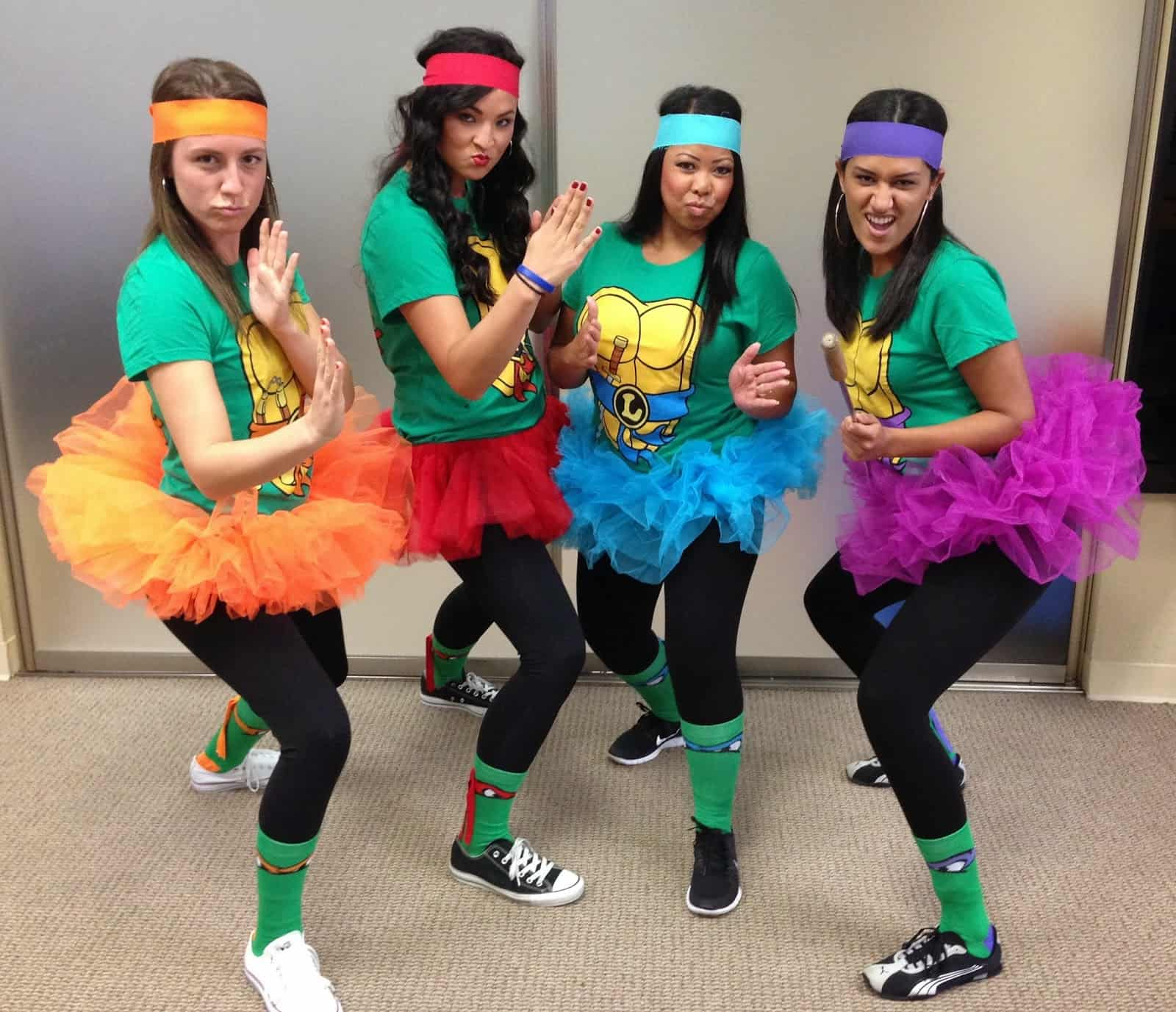 These 15 diy group halloween costumes are perfect for the squad ninja turtles halloween group costume solutioingenieria Image collections