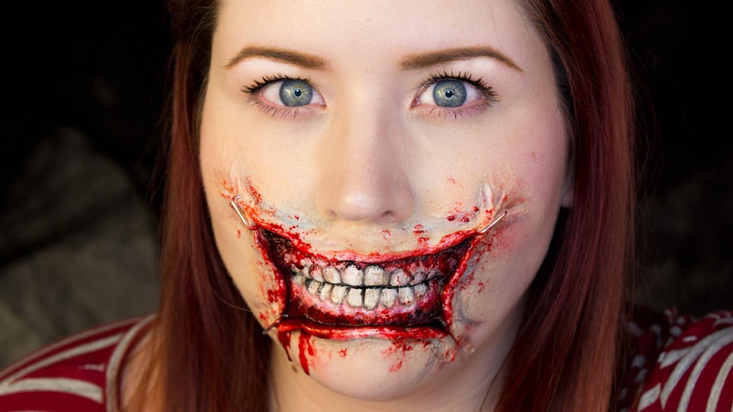 Stretched lips halloween makeup tutorial