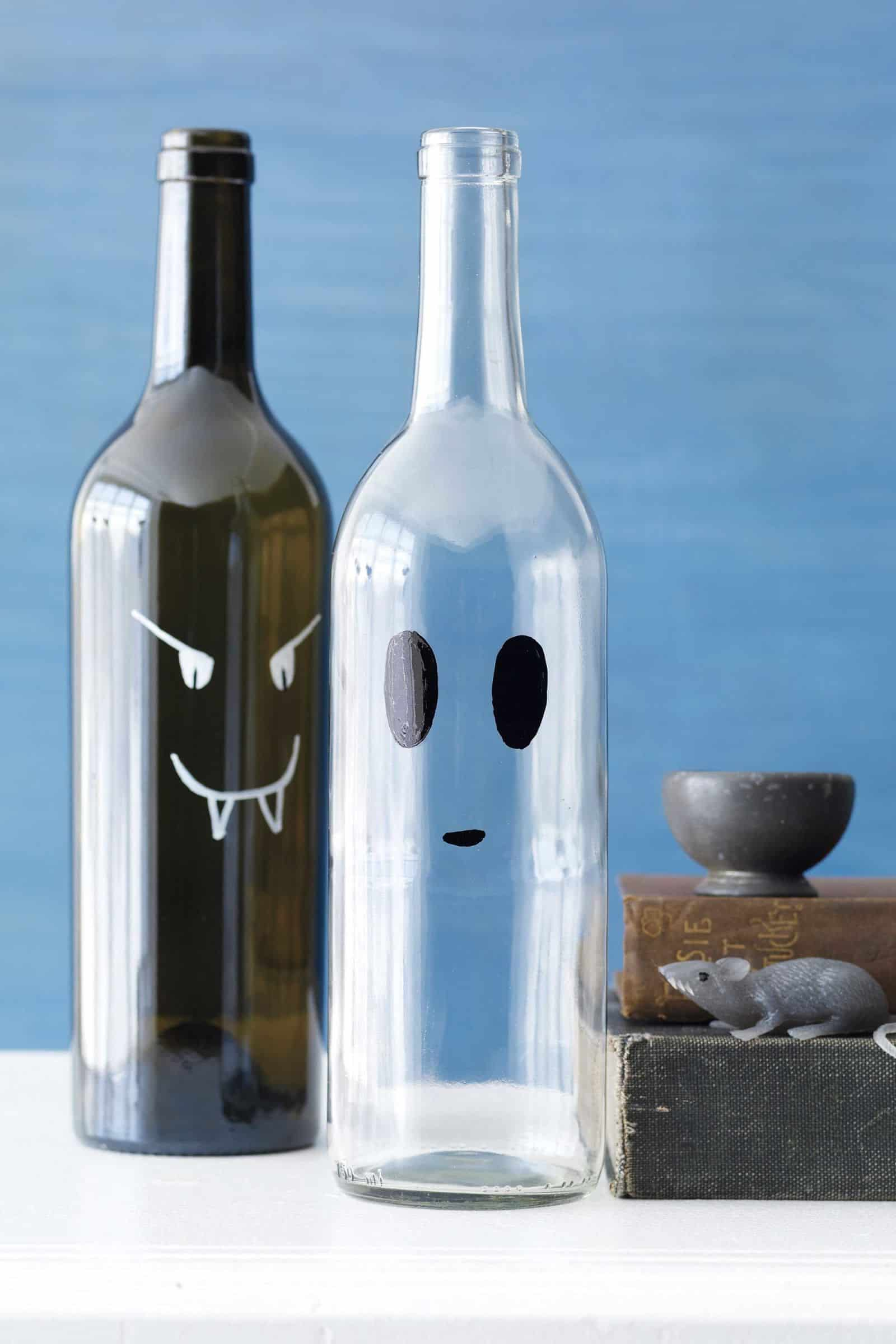 Vampire and ghost wine bottles diy