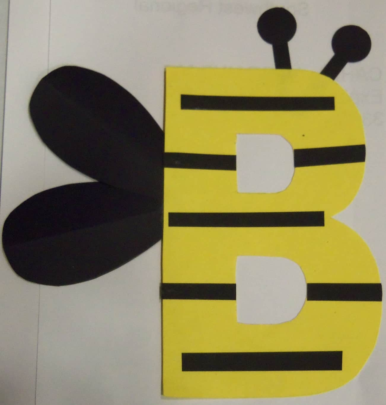 Bumblebee letter b craft