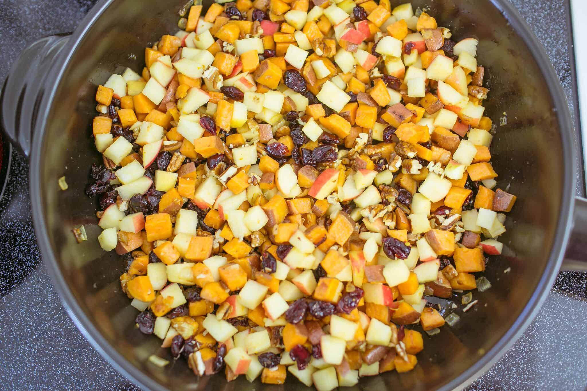 Cauliflower and pecan stuffing