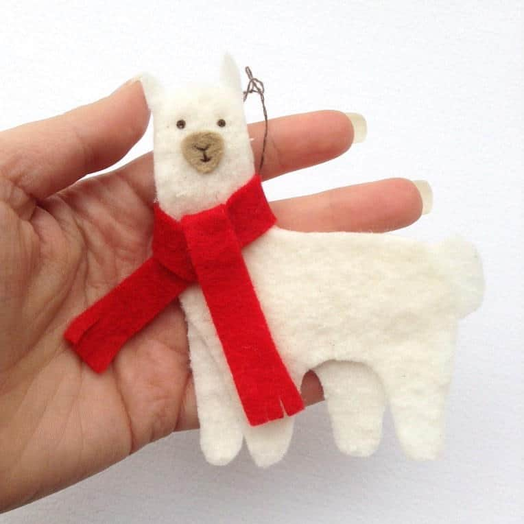 Christmas llama diy felt ornament