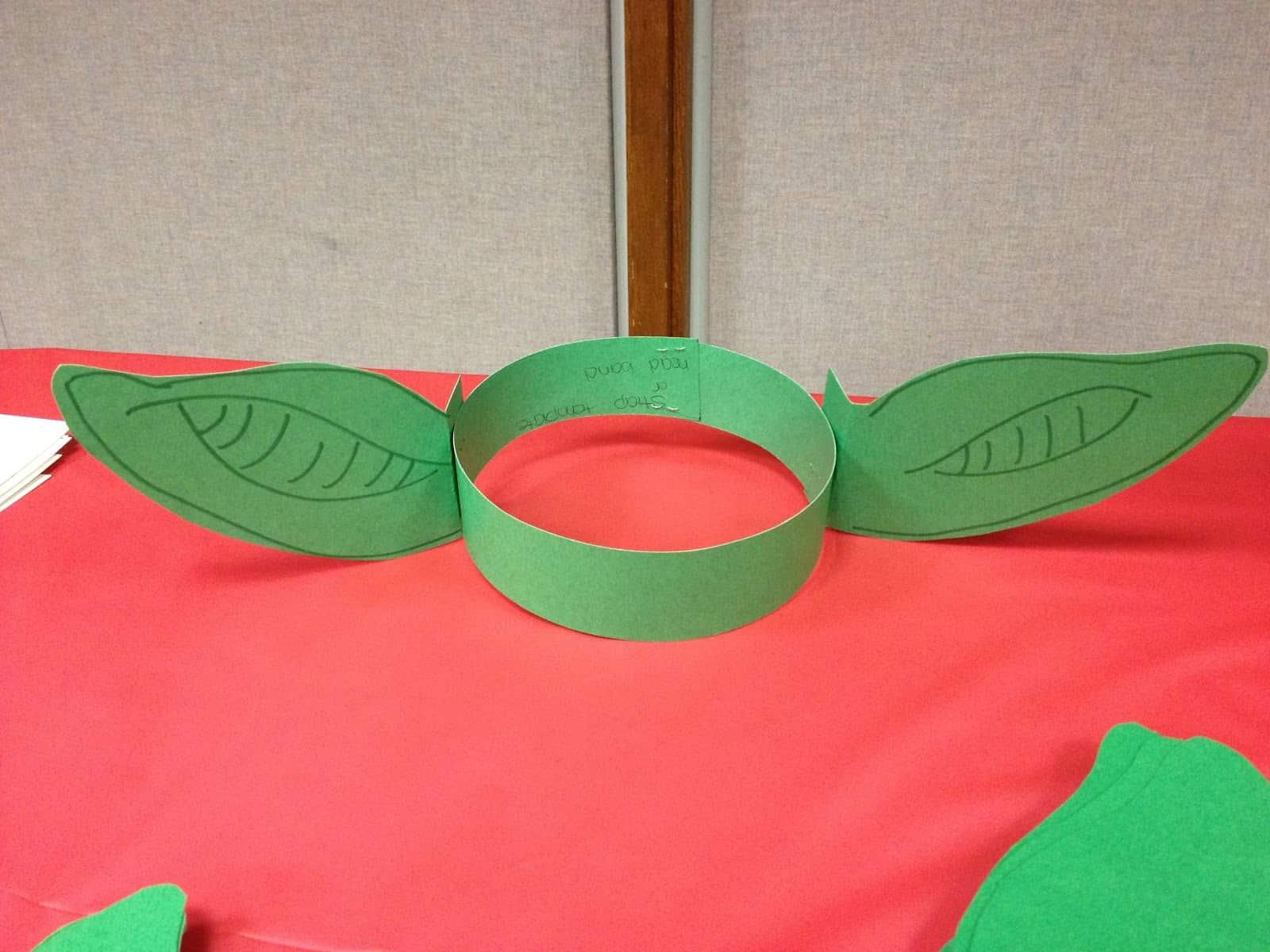 Construction paper yoda ears