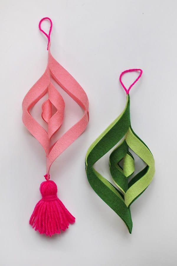 15 diy felt christmas ornaments to make with the kids diy felt ornaments solutioingenieria Choice Image