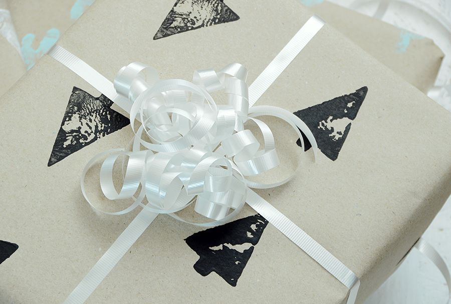 Diy hand stamped gift wrap black