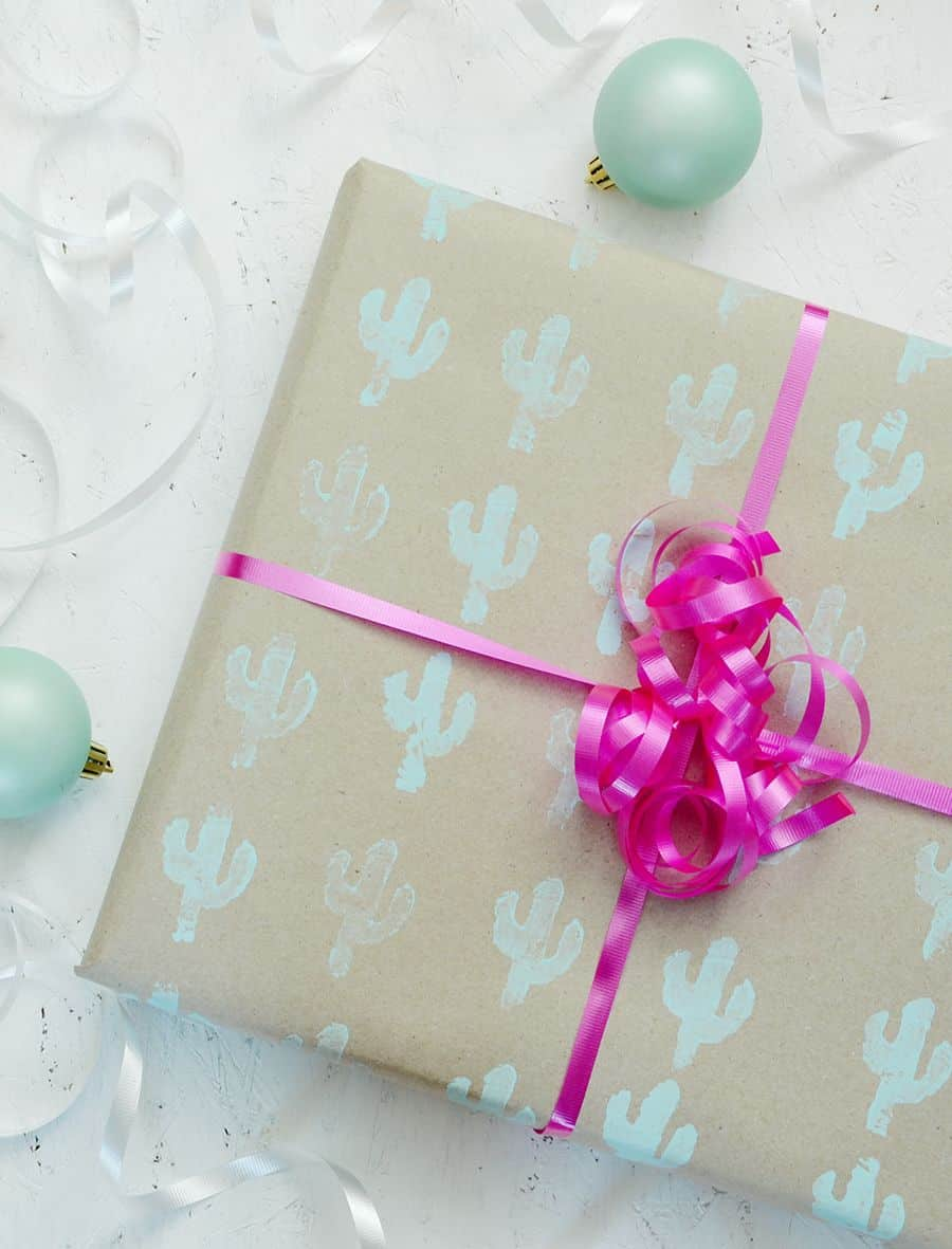 Diy hand stamped gift wrap continue printing