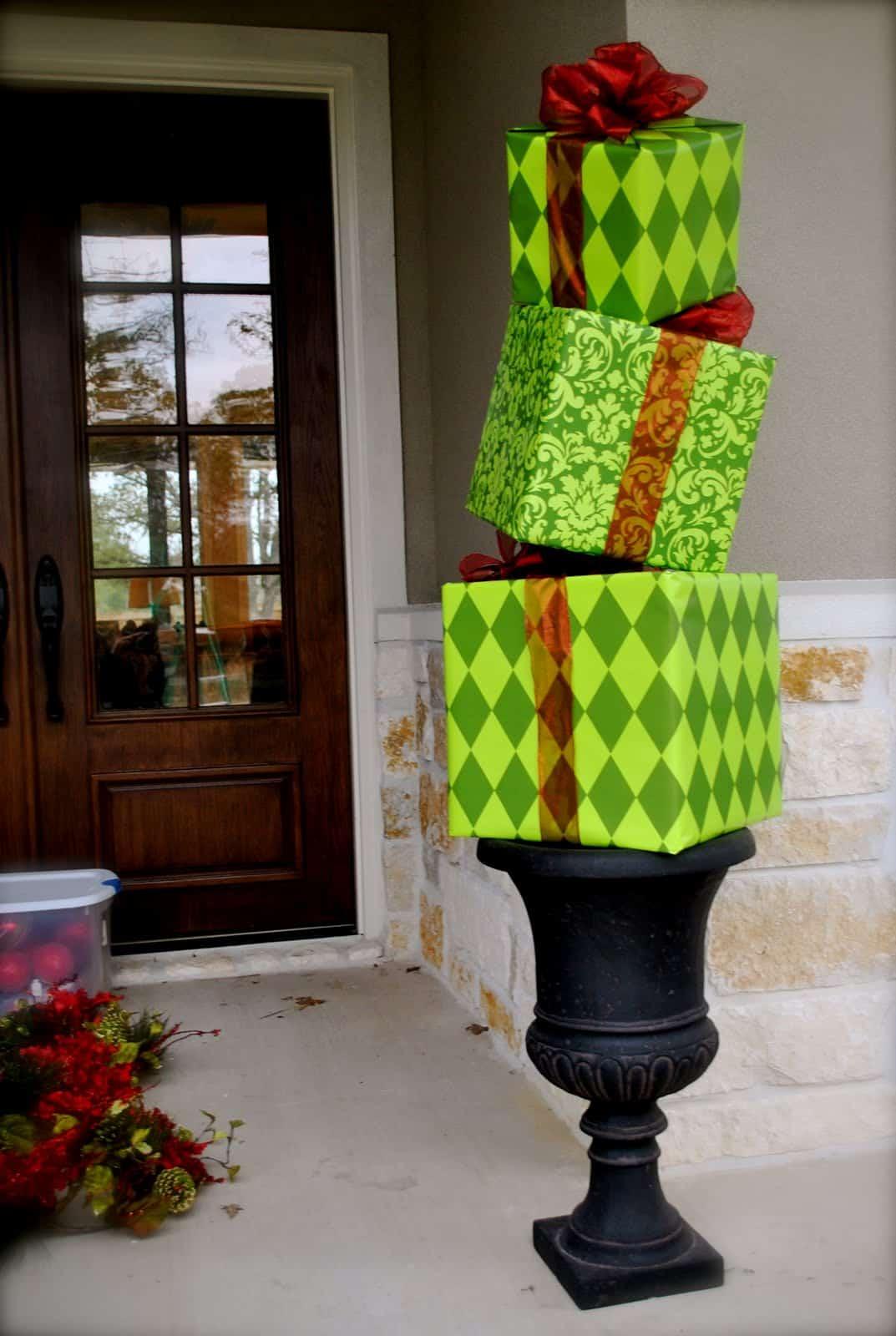 Diy present topiary