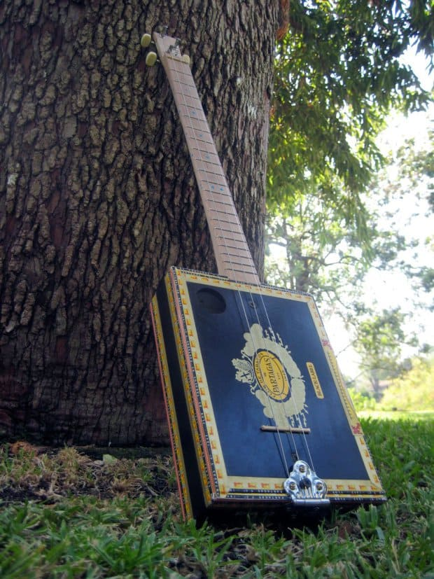 Even simpler cigar box guitar