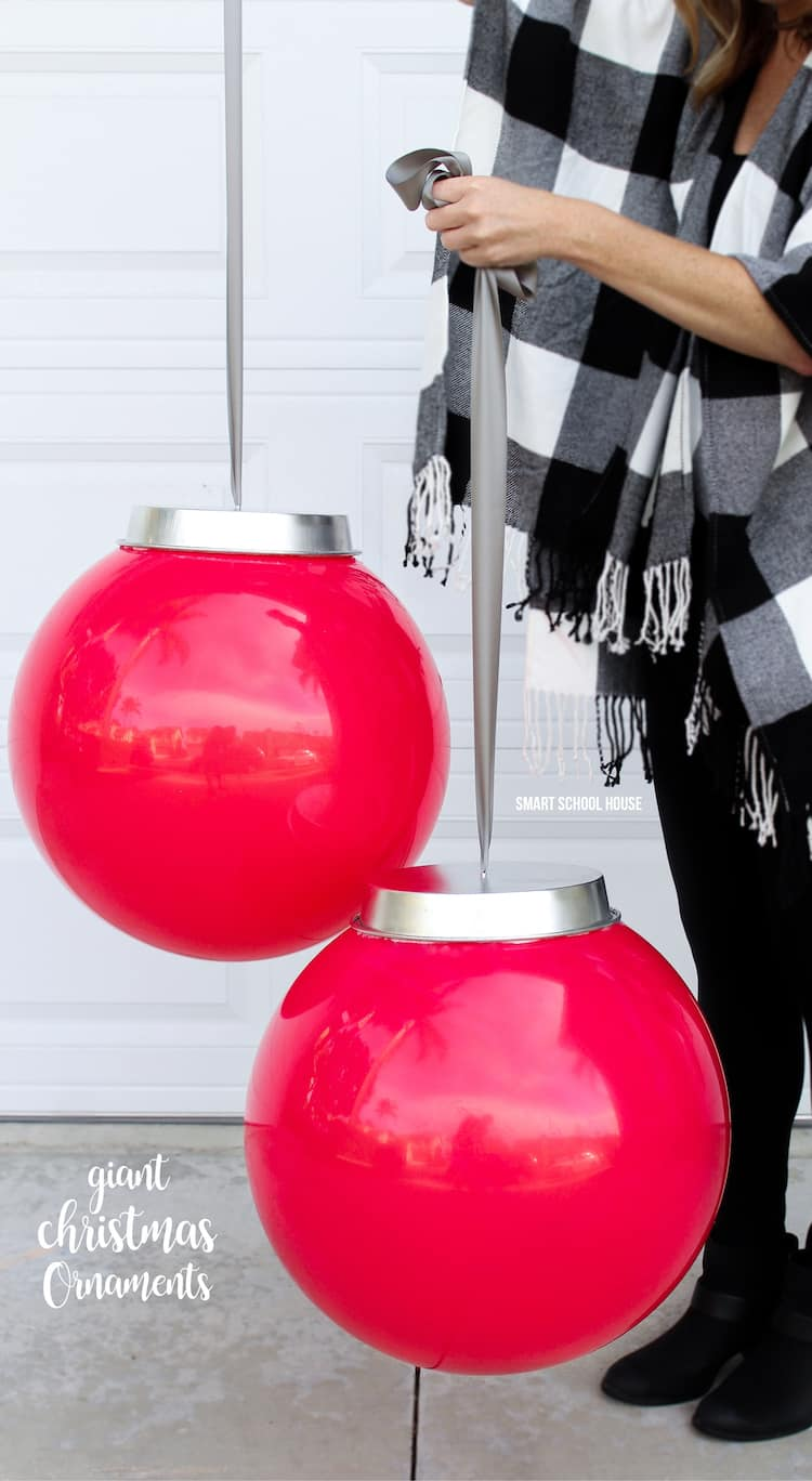 Giant christmas ornaments diy