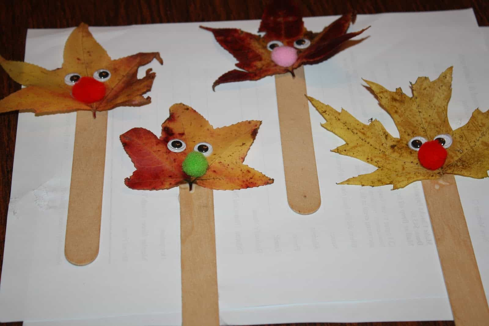 Leaf and pom pom puppets