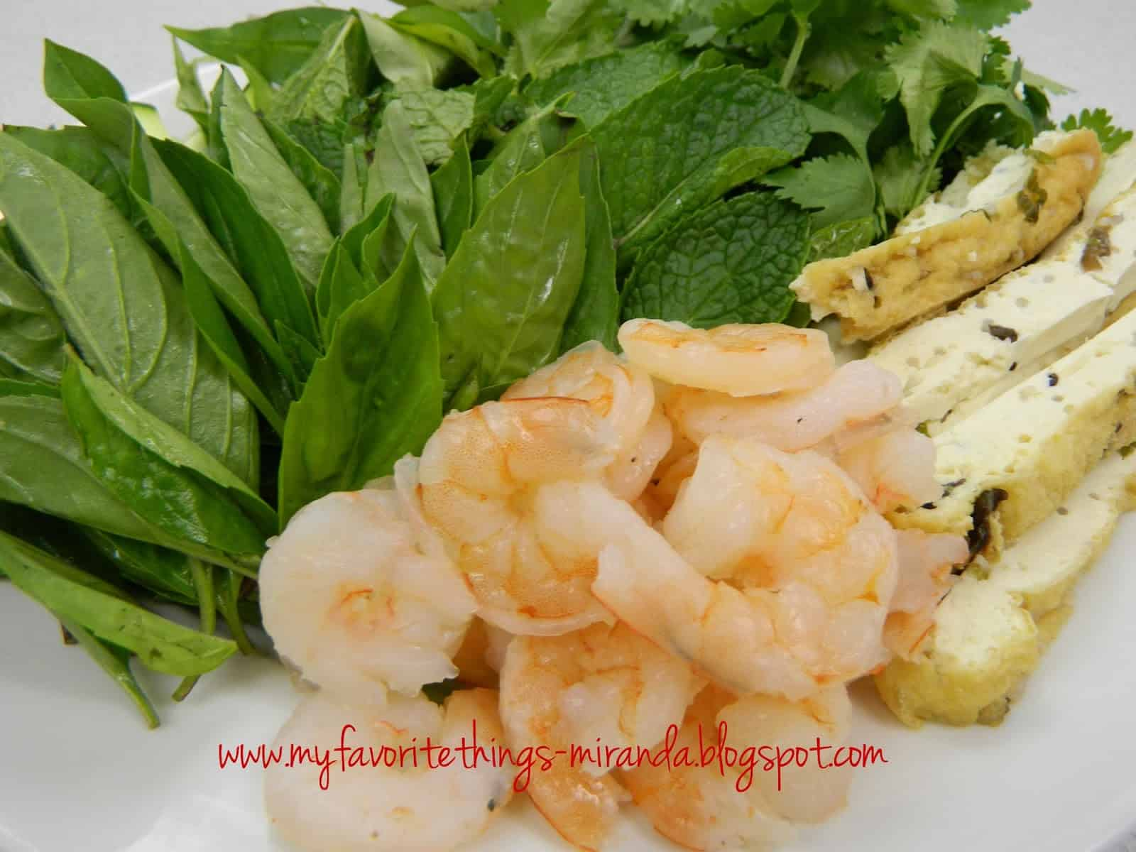 Mint, shrimp, and tofu rolls