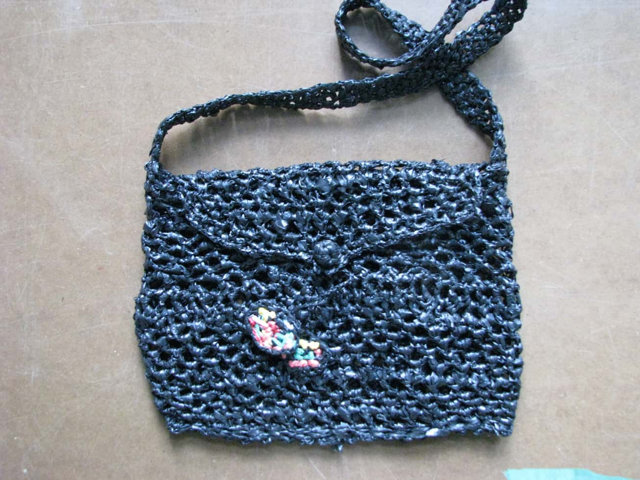 Plarn envelope purse