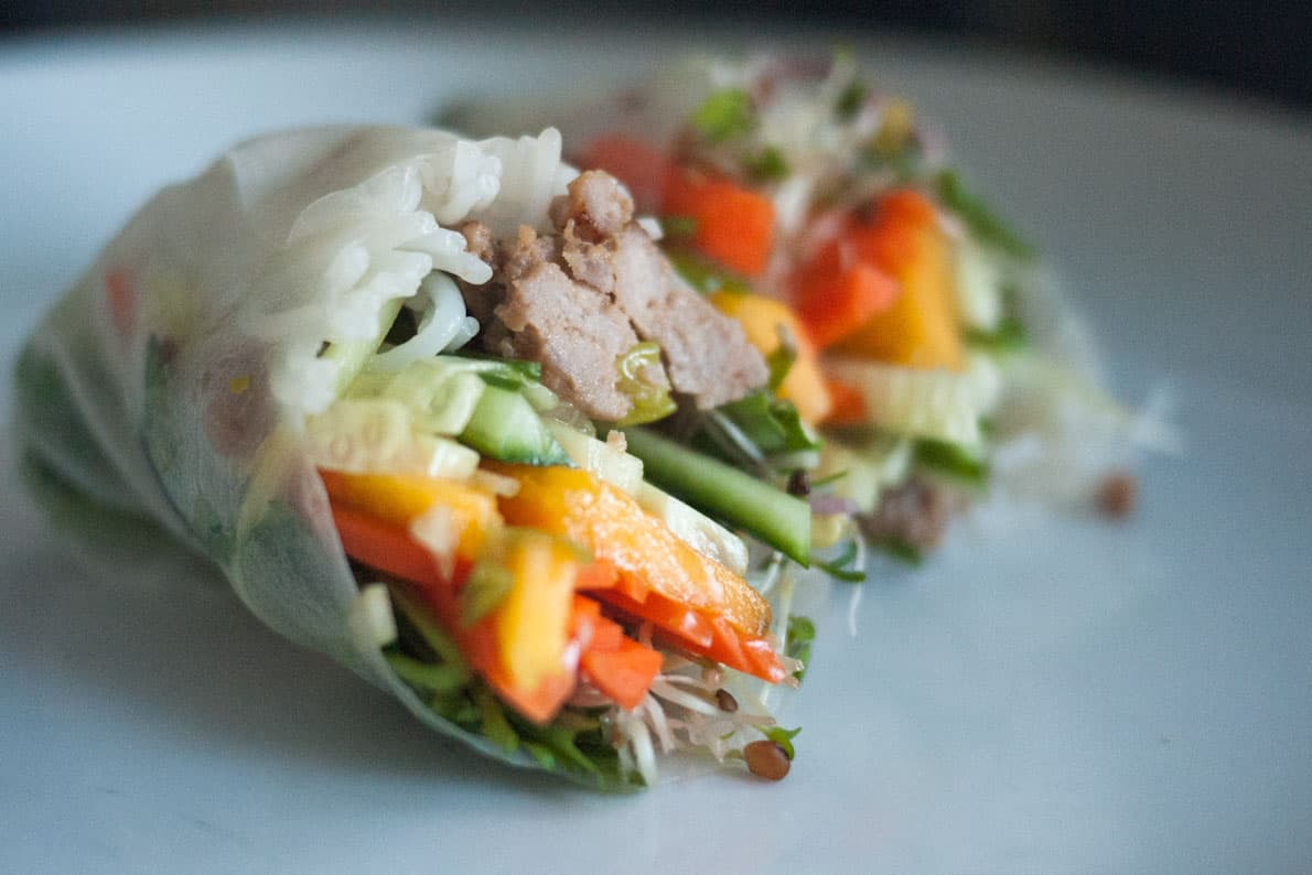 Pork and veggie salad rolls