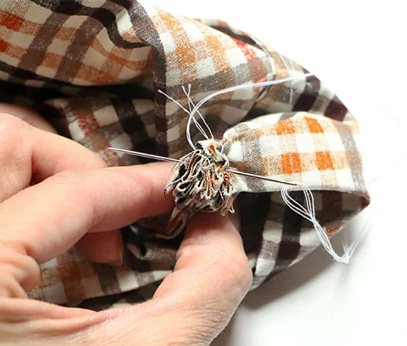 Simple diy fabric pumpkins sewing process