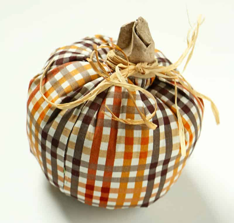 Simple diy fabric pumpkins raffia