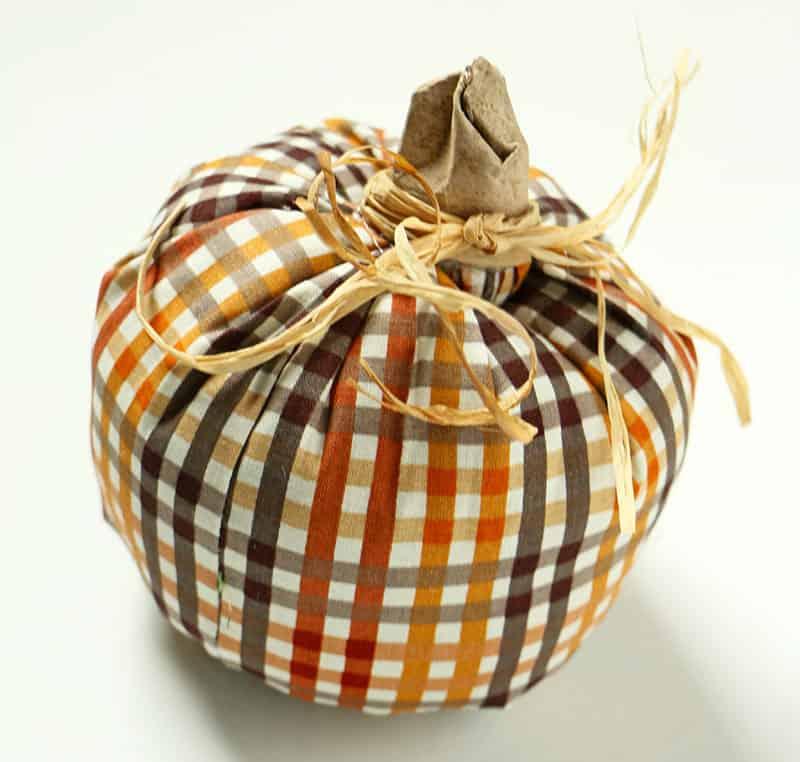 Simple diy fabric pumpkins raffia