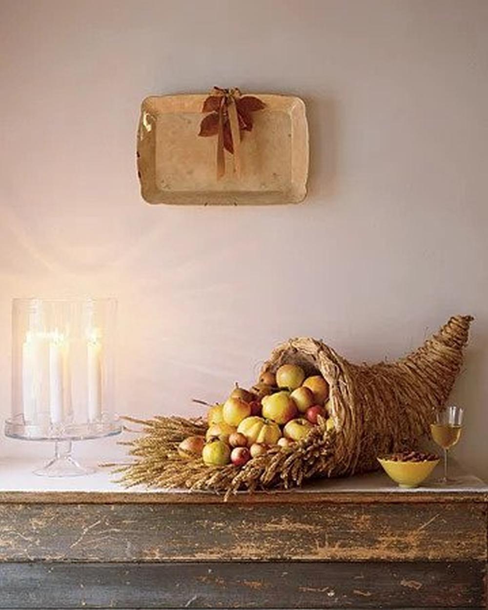Tabletop cornucopia easy thanksgiving crafts