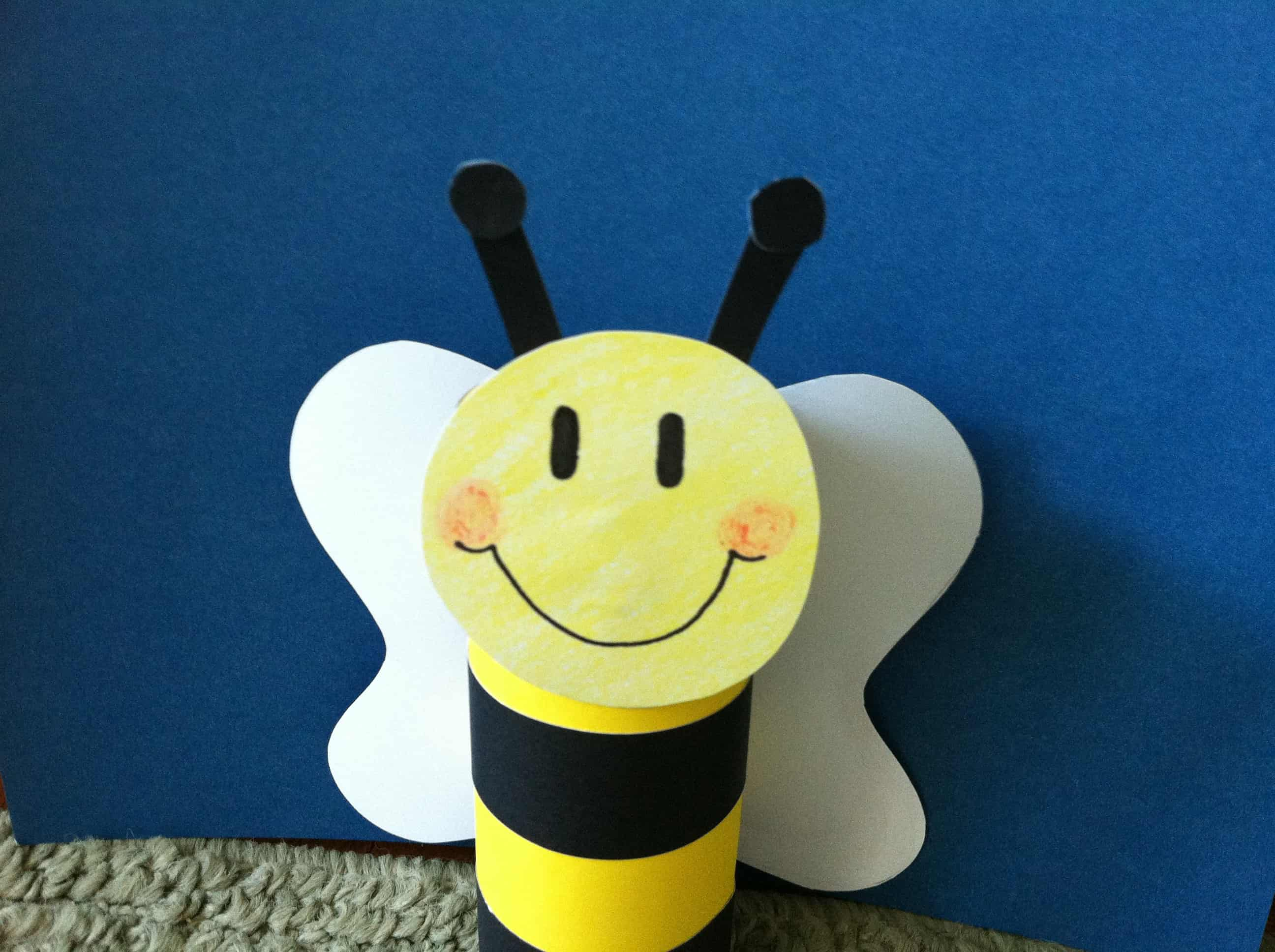 Toilet paper roll bumblebee