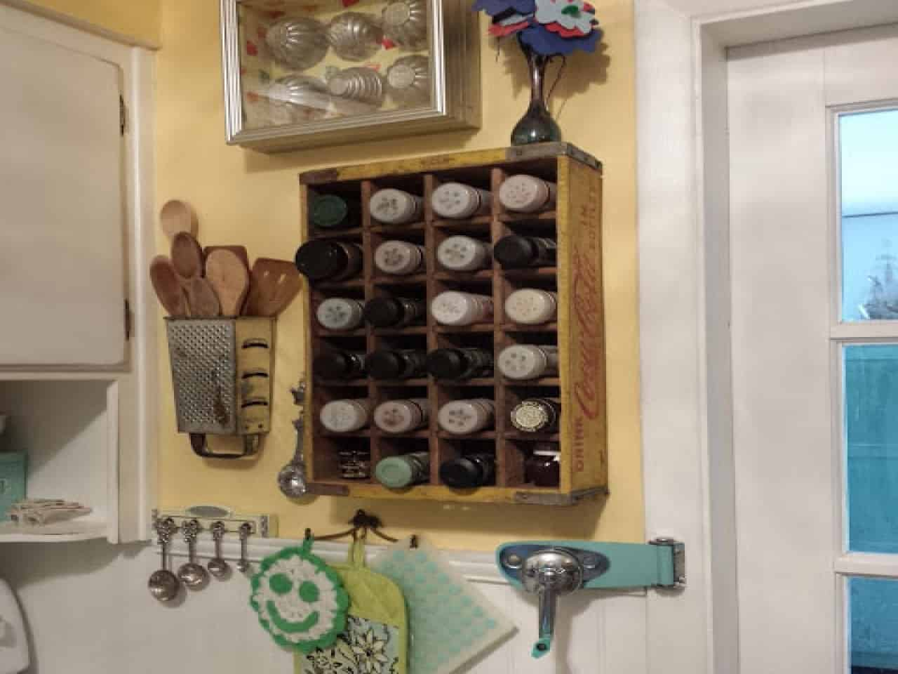 Wall mounted spice rack and grater untensil holder