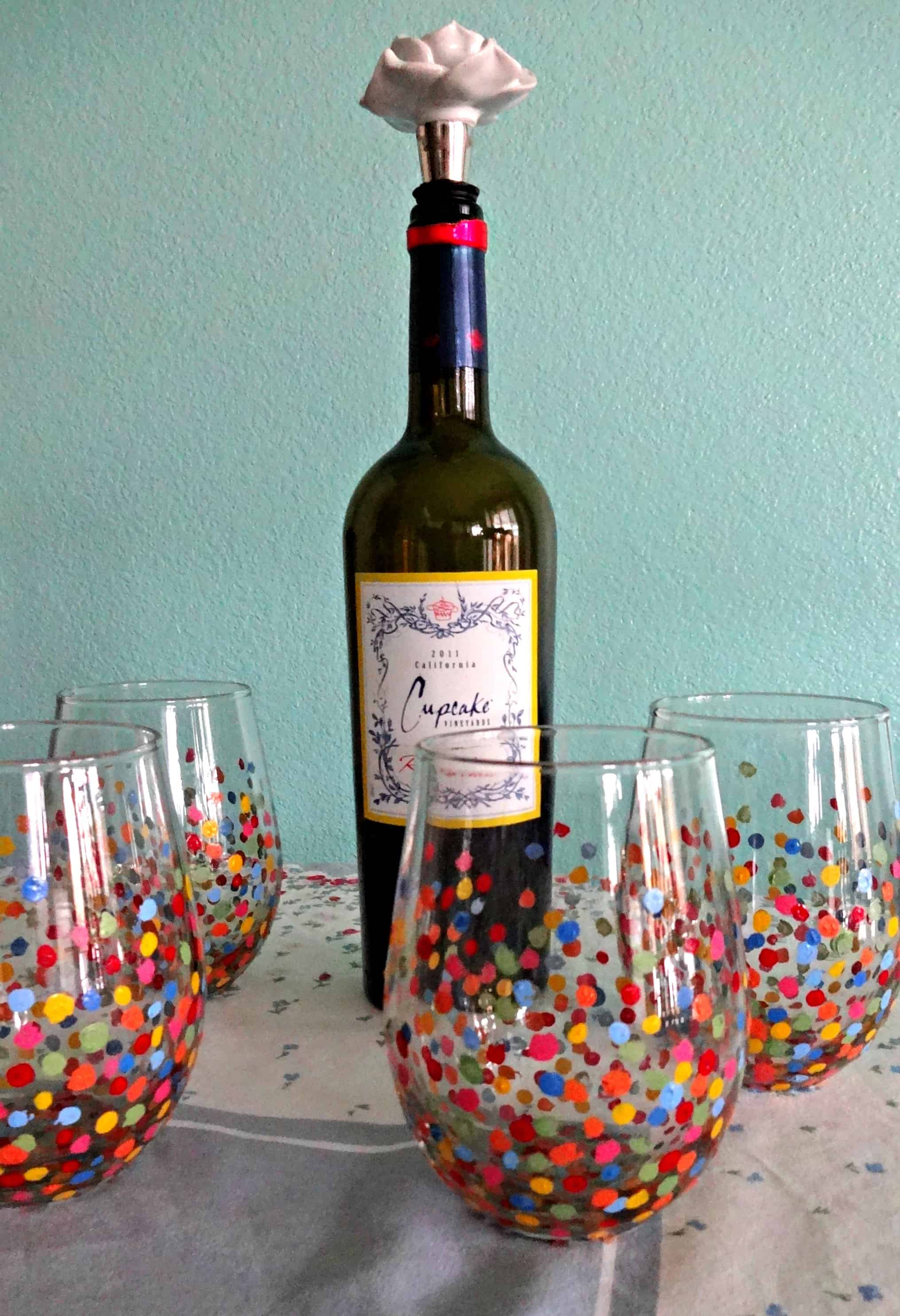 Diy confetti wine glass paint