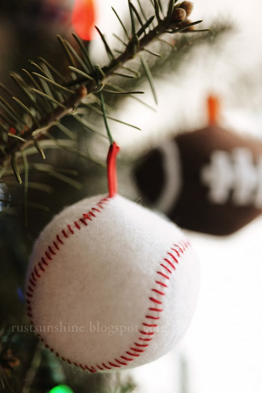 Diy felt baseball ornaments