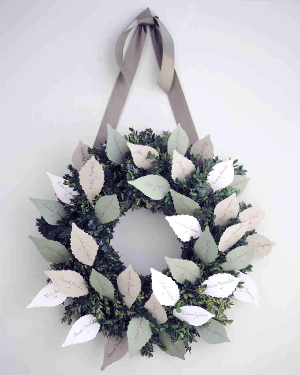 Diy winter wedding ideas escortcard wreath